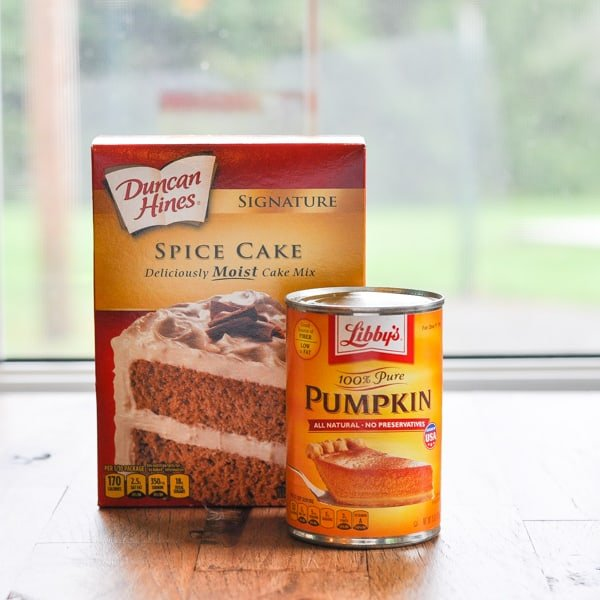 Cake mix and pumpkin for easy pumpkin muffins