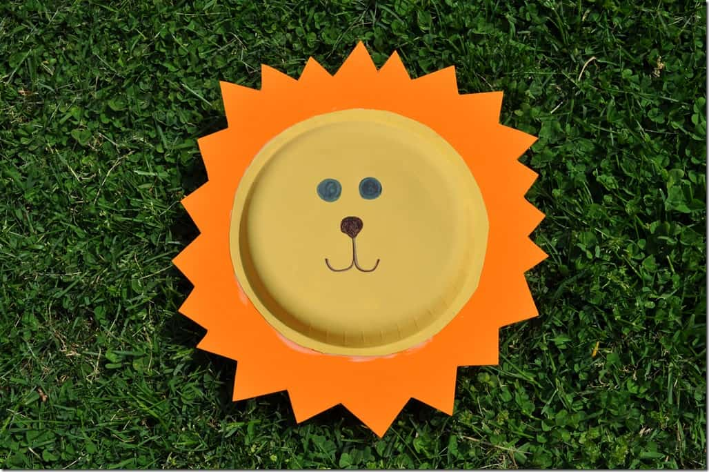 Paper Plate Lion & Zoo Animal Craft: Paper Plate Lions - The Seasoned Mom