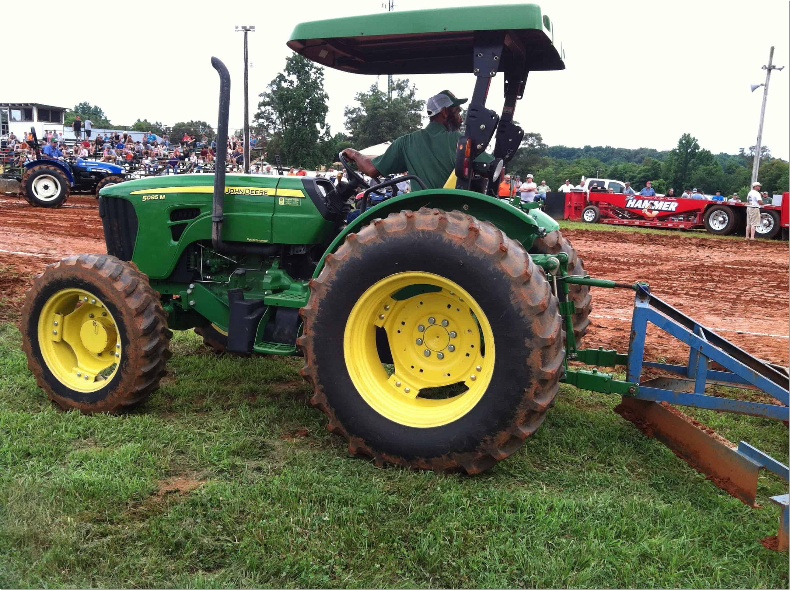 Tractor Pull John Deere