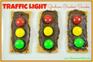Traffic-Light-Graham-Cracker-Snacks_thumb.jpg