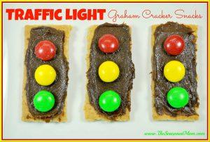 Traffic-Light-Graham-Cracker-Snacks_thumb.jpg