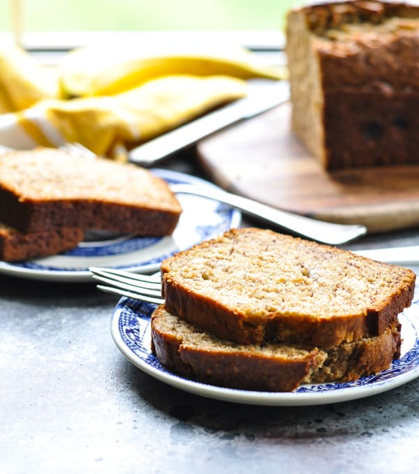 Whole Wheat Banana Bread is a healthy breakfast that you can make ahead for busy mornings!