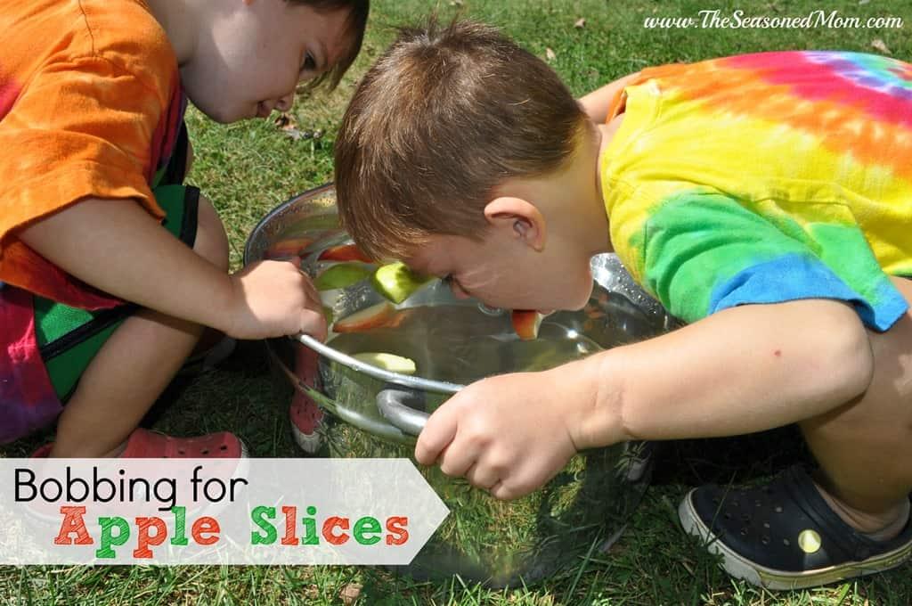Bobbing-for-Apple-Slices.jpg