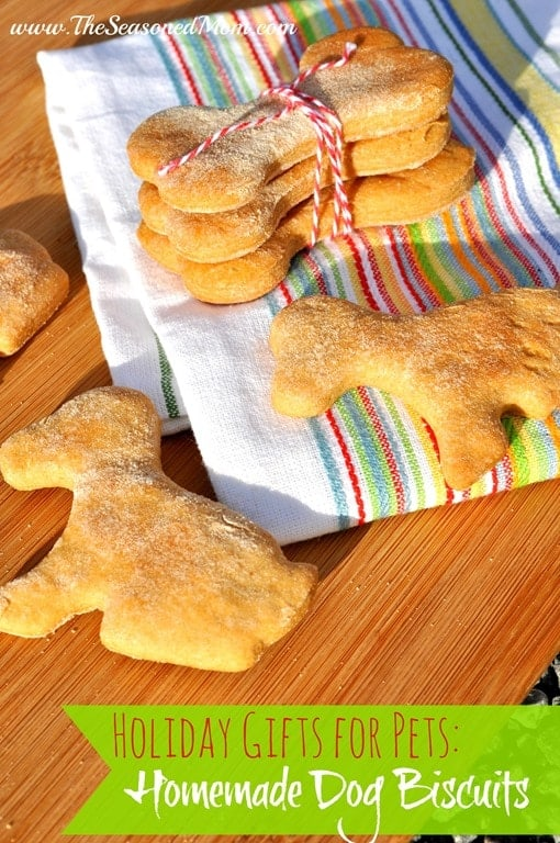 Homemade-Dog-Biscuits.jpg