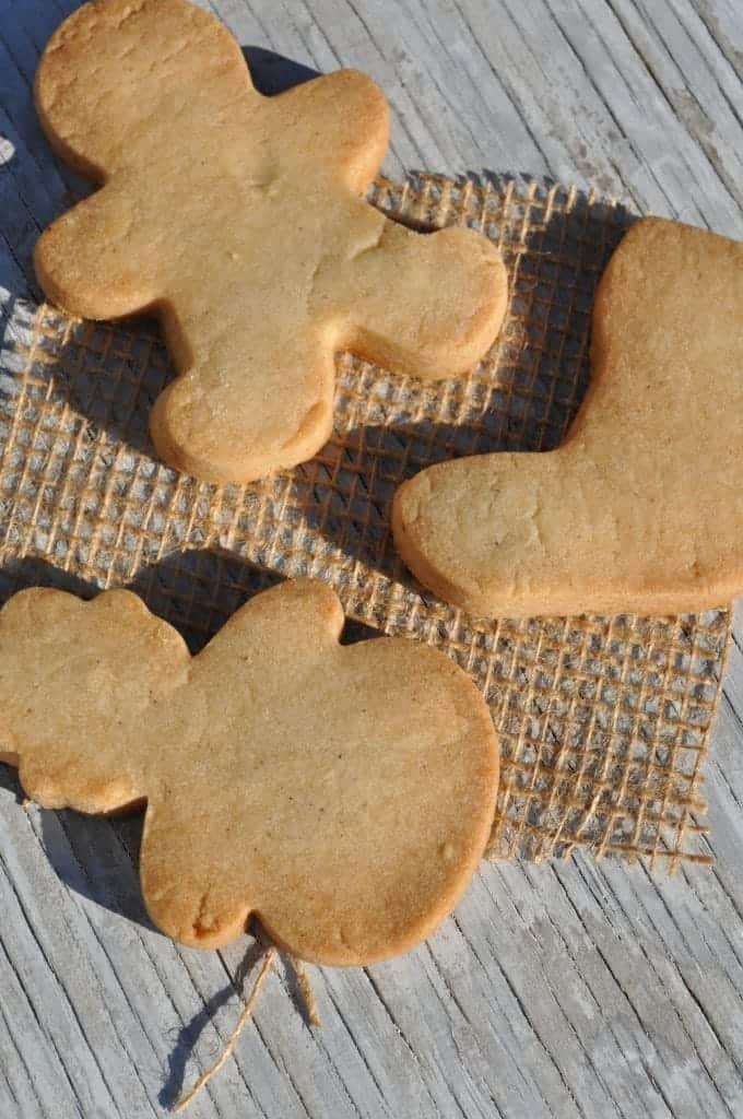 Aunt Violet's Spiced Shortbread Cookies 2