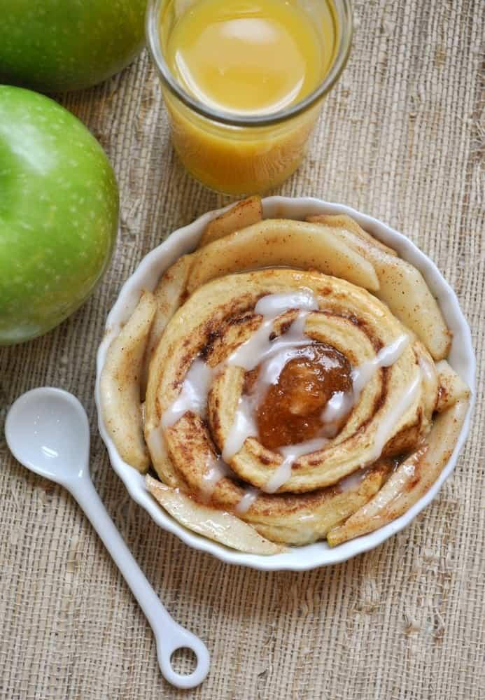 Apple Cinnamon Roll Breakfast Cobbler 11