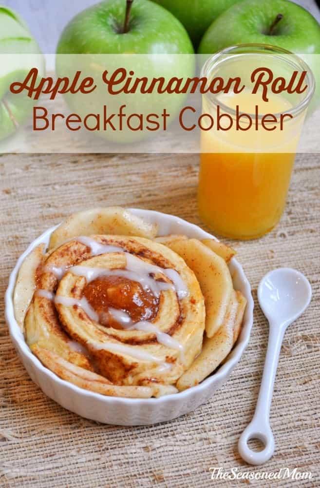 Apple Cinnamon Roll Breakfast Cobbler
