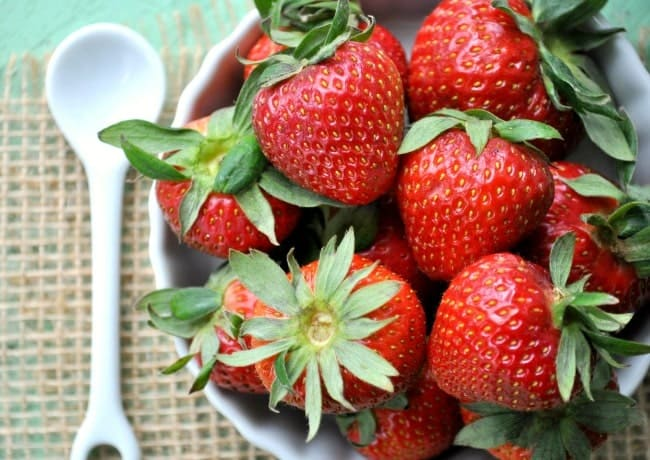 Overnight Strawberry Quinoa Parfait 11