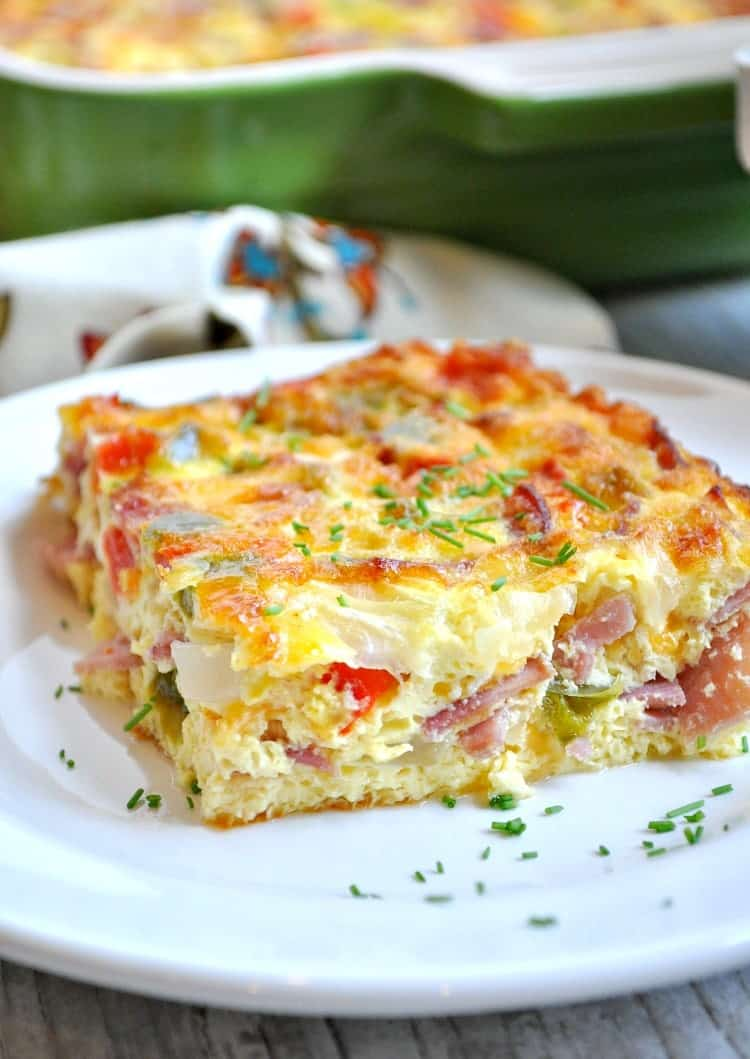 ham egg and cheese breakfast strata - the seasoned mom