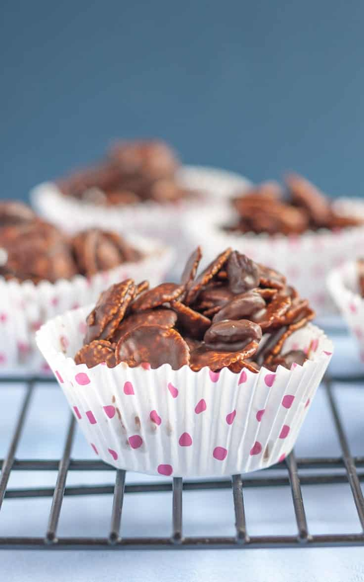 Chocolate-Cornflake-Cakes-long