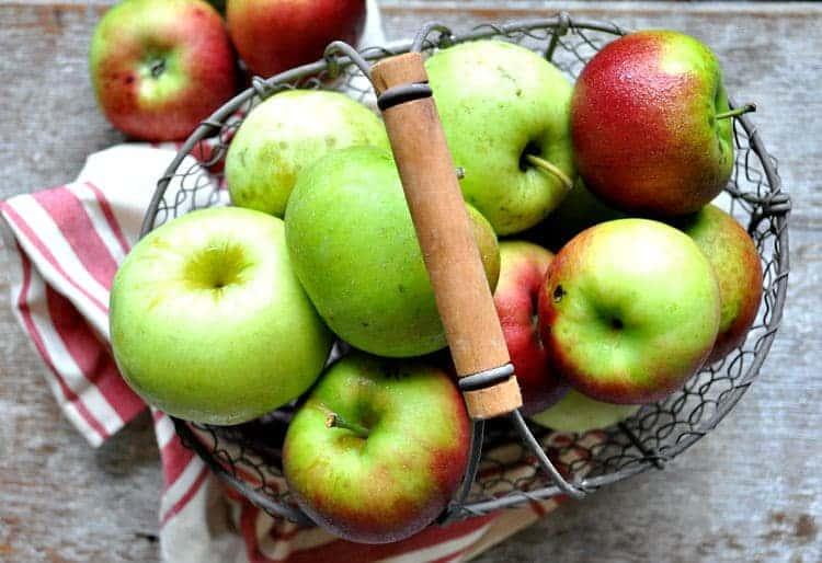 ... Overnight #Apple Crisp #Breakfast Parfait! #KitchenAidContest #ad
