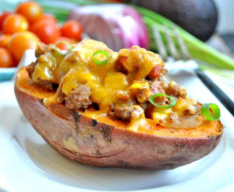 ... easy, family-friendly clean eating #dinner: Taco-Stuffed Potatoes