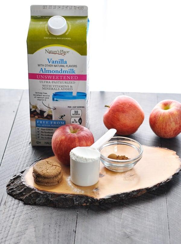 Ingredients for vegan apple pie smoothie