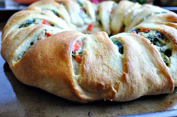 Lightened-Up Spinach Artichoke & Chicken Crescent Ring - The Seasoned ...