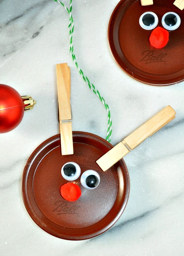 Homemade christmas ornaments mason jar lid reindeer the for Homemade christmas ornaments to make