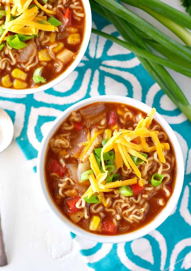 ... an upgrade in these #healthy BBQ #Chicken Ramen Noodle Bowls! #dinner