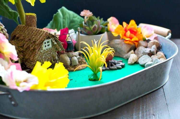 With a few simple supplies, you and your young children can create an enchanting Indoor Fairy Garden! This easy craft for kids is the perfect rainy day activity for preschoolers or for older children who can design and build from their own imagination!