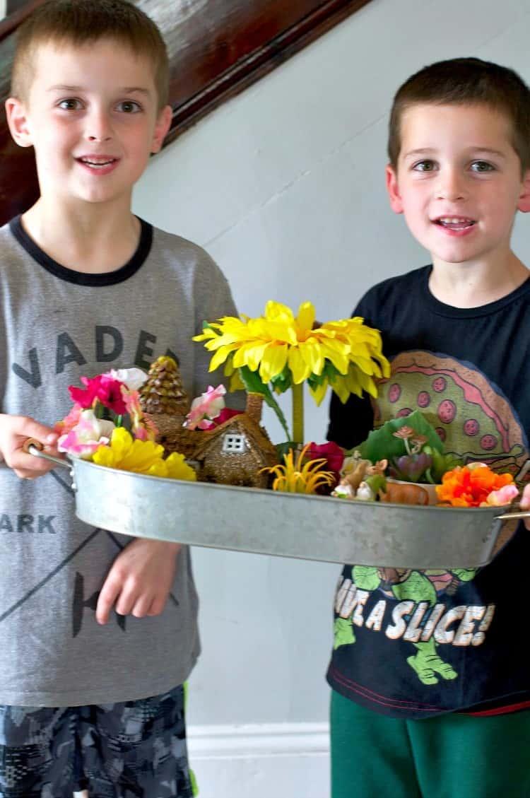 Indoor fairy garden an easy craft for kids the seasoned mom for Children indoor