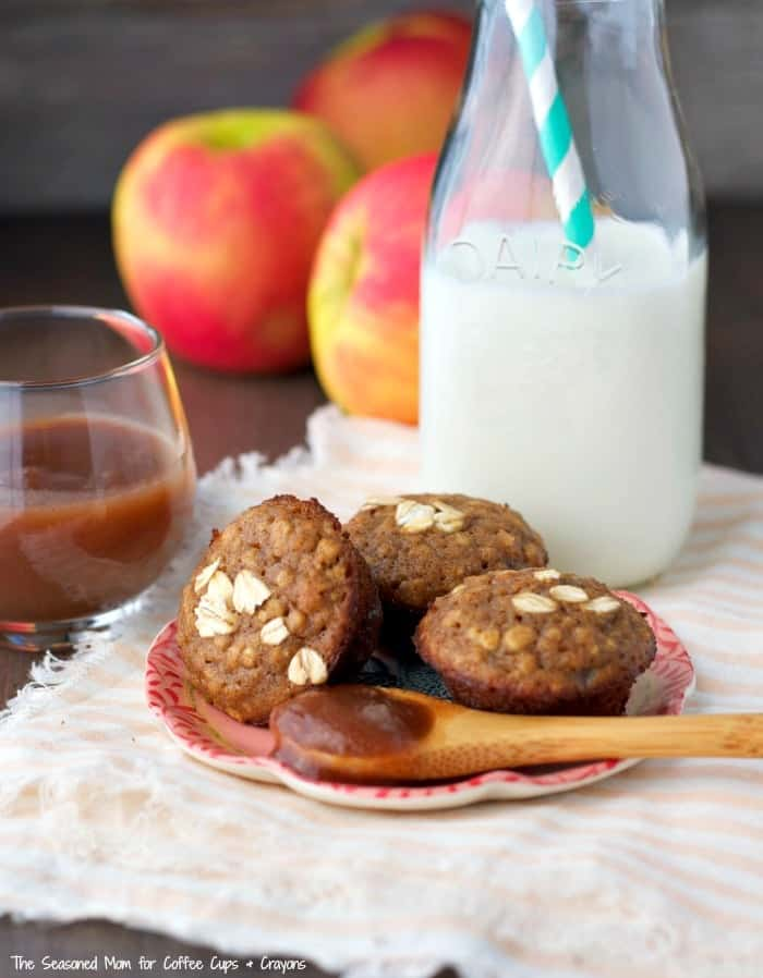 Prep-ahead for busy fall mornings with a batch of Apple Butter Oatmeal Mini Muffins!