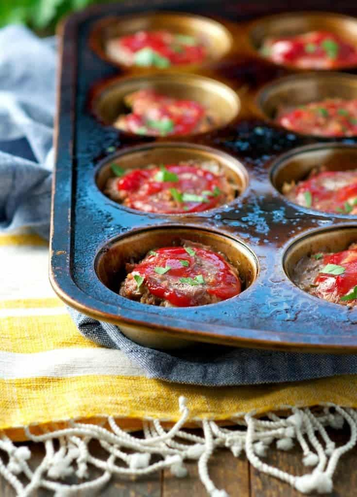 Mini meatloaf in a muffin pan