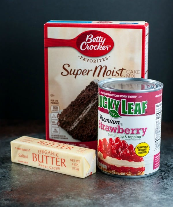 3 ingredients for strawberry chocolate dump cake for two