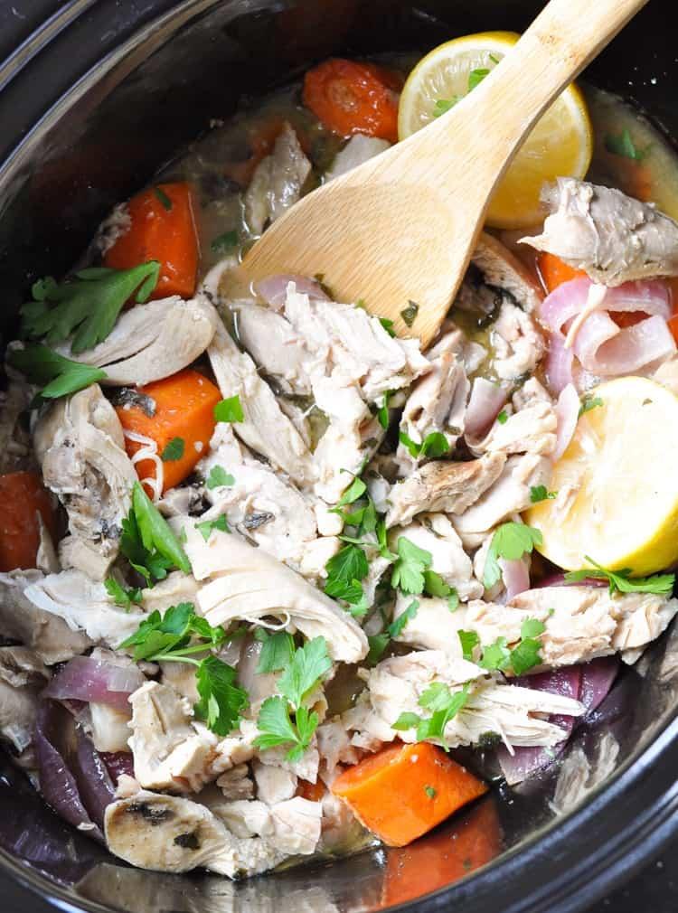 Slow Cooker Greek Chicken Gyros! Healthy Recipes | Healthy Dinner Recipes | Crock Pot Recipes | Chicken Recipes | Easy Dinner Recipes | Crock Pot Meals | Crock Pot Chicken