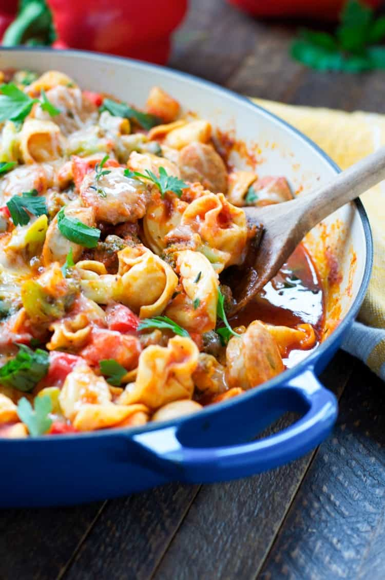 One Skillet Chicken Sausage And Tortellini Is Ready In Less Than 30 Minutes Dinner Recipes