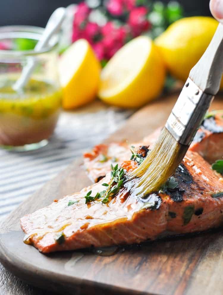 Garlic and Herb Salmon Marinade | Salmon Recipes Healthy | Fish Recipes | Dinner Ideas | Healthy Dinner Recipes | Seafood Recipes | Grilling Recipes