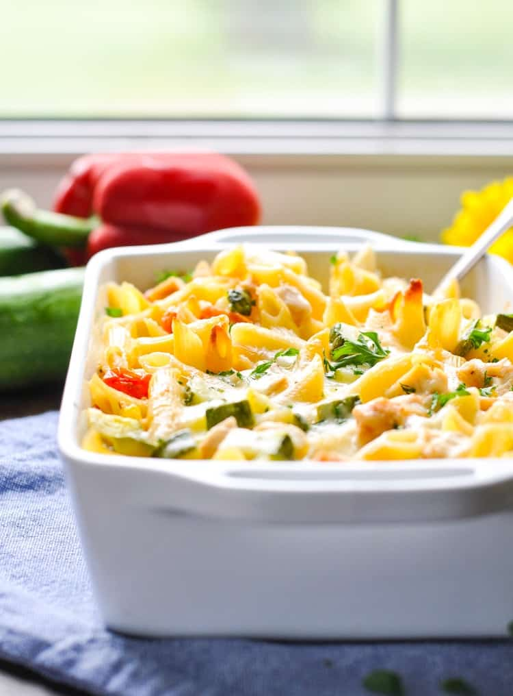 Dump-and-Bake Summer Pasta with Corn, Zucchini, Tomatoes, and Chicken! Easy Dinner Recipes   Healthy Dinner Recipes   Casserole Recipes   Pasta Recipes   Chicken Breast Recipes   Easy Chicken Recipes   One Dish Meals   Healthy Recipes   Dinner Ideas   Zucchini Recipes   Tomato Recipes   Corn Recipes
