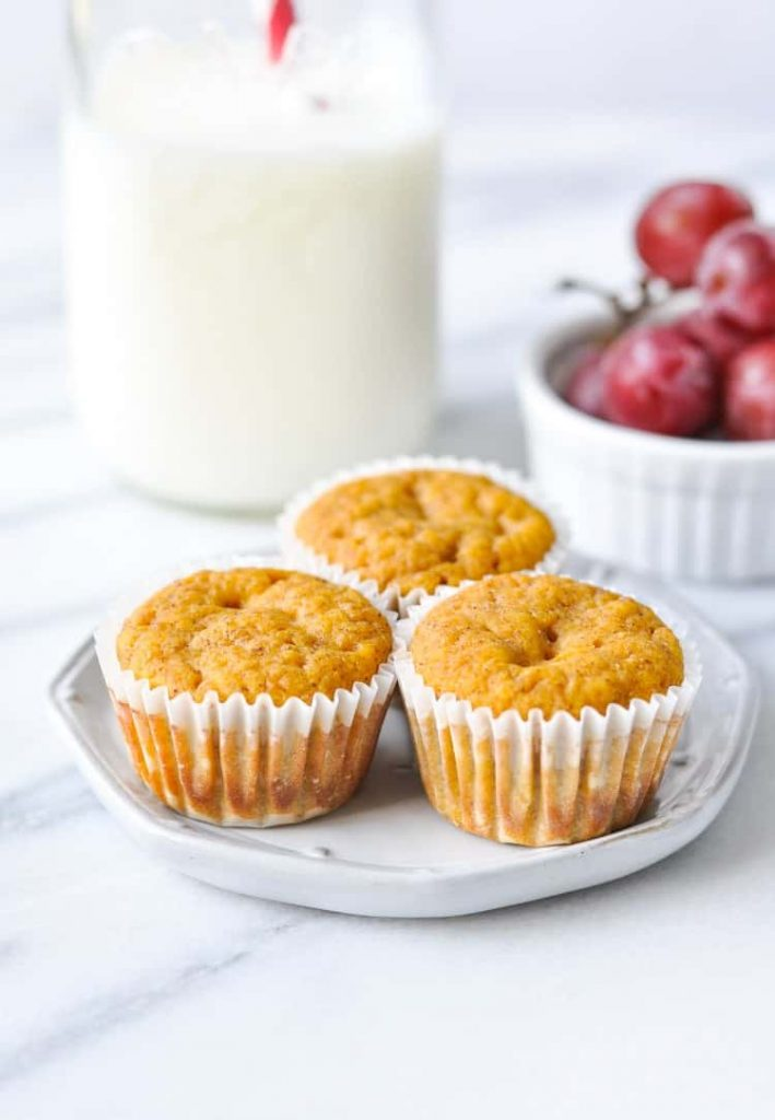 Applesauce Pumpkin Muffins + Easy Lunch Ideas!