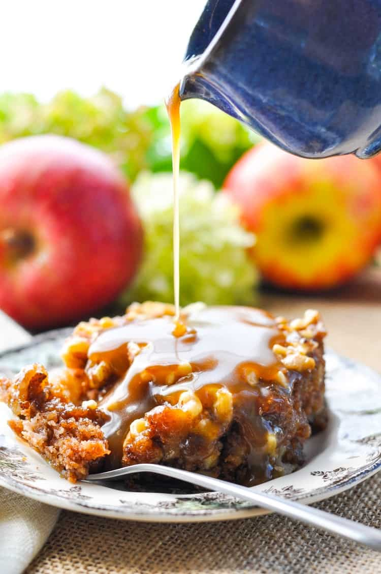 This Apple Walnut Cake with Caramel Glaze is an easy dessert for fall! Cake Recipes | Cakes | Desserts