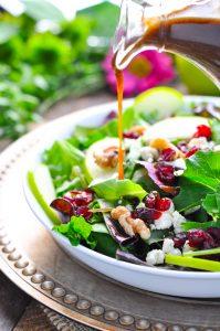 Tossed Salad with Apple Butter Vinaigrette - The Seasoned Mom