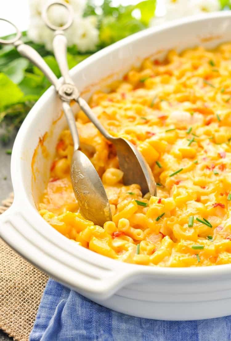 Dump-and-Bake Chicken Mac and Cheese - The Seasoned Mom