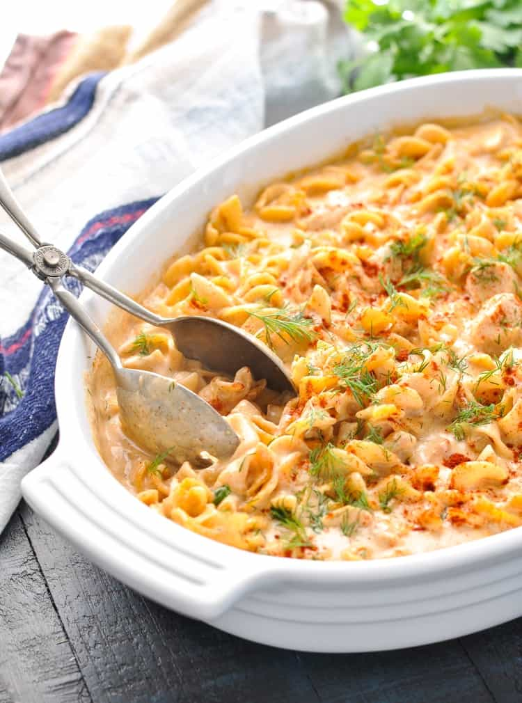 This Dump-and-Bake Chicken Paprikash and Noodles is an entire dinner that cooks in one dish! Chicken Recipes   Chicken Breast Recipes   Easy Dinner Recipes   Dinner Ideas #pasta #chicken #dinner