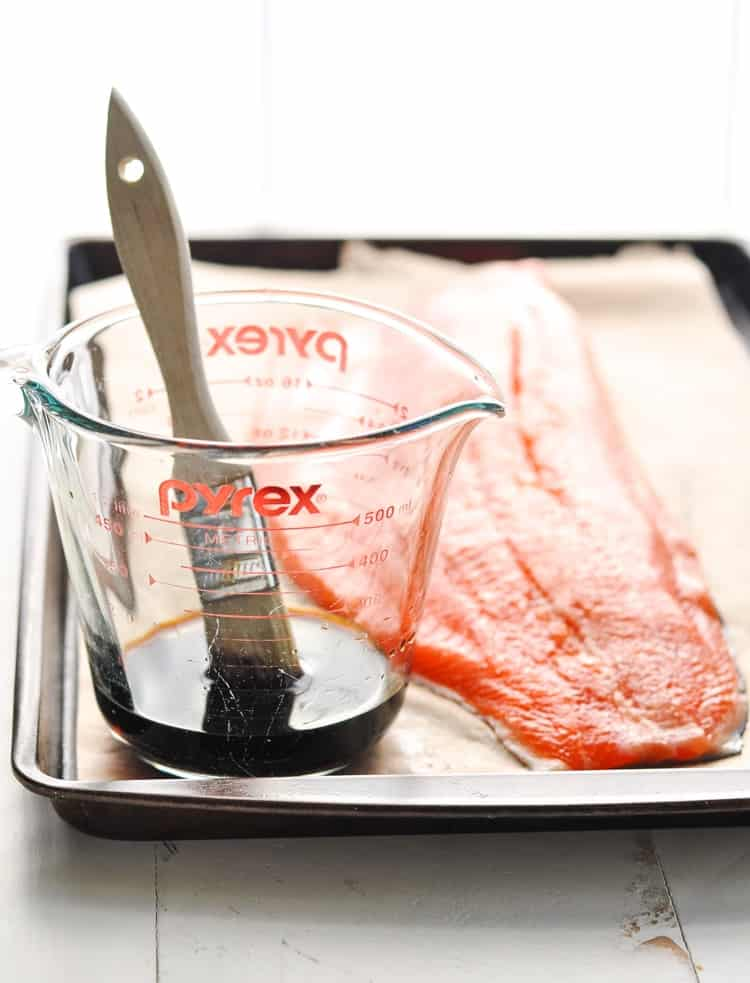 Image of a large salmon fillet on a tray