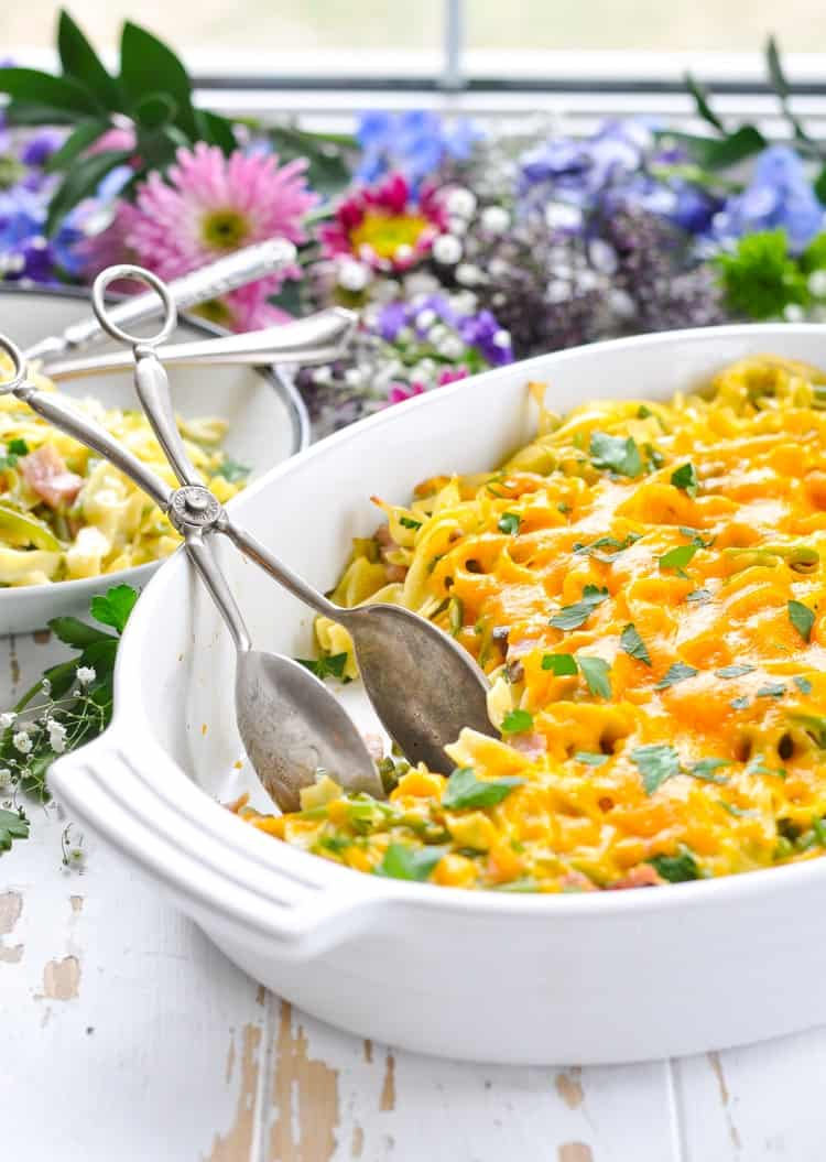 A 5 ingredient ham and noodle casserole for an easy dinner recipe!