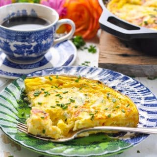 Easy Frittata With Cheddar and Chives