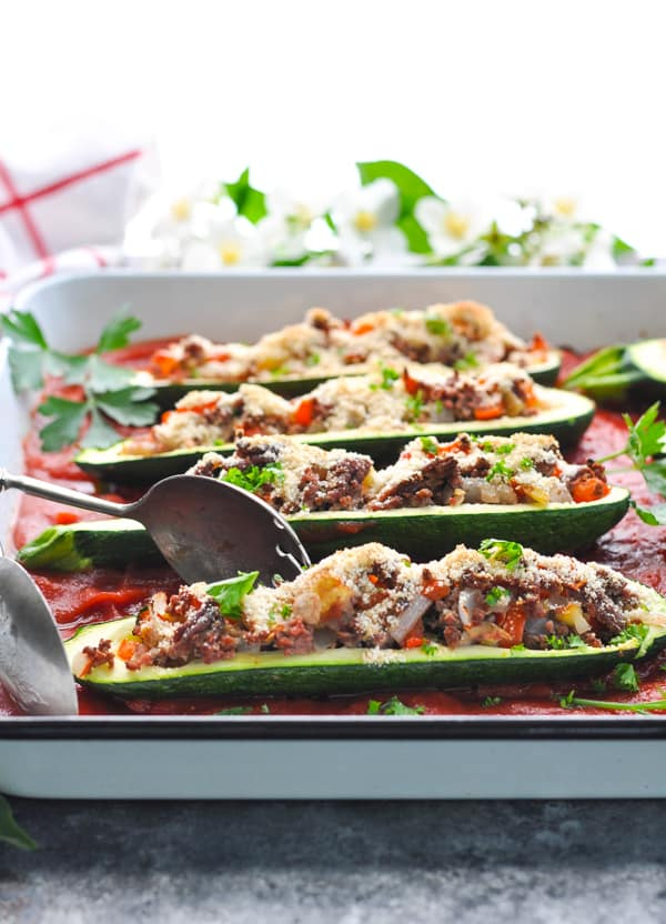 Easy Stuffed Zucchini Boats are a healthy dinner for summer!