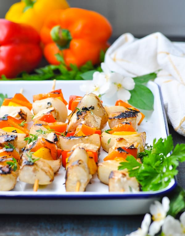 These easy chicken kabobs can also be baked in the oven!
