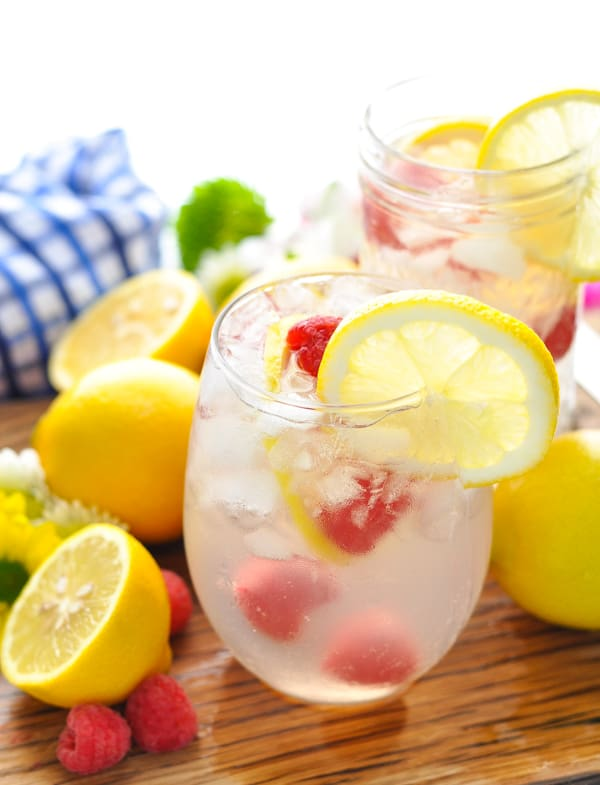 The Pink Lemonade Italian Spritz cocktail is an easy prosecco drink recipe for summer