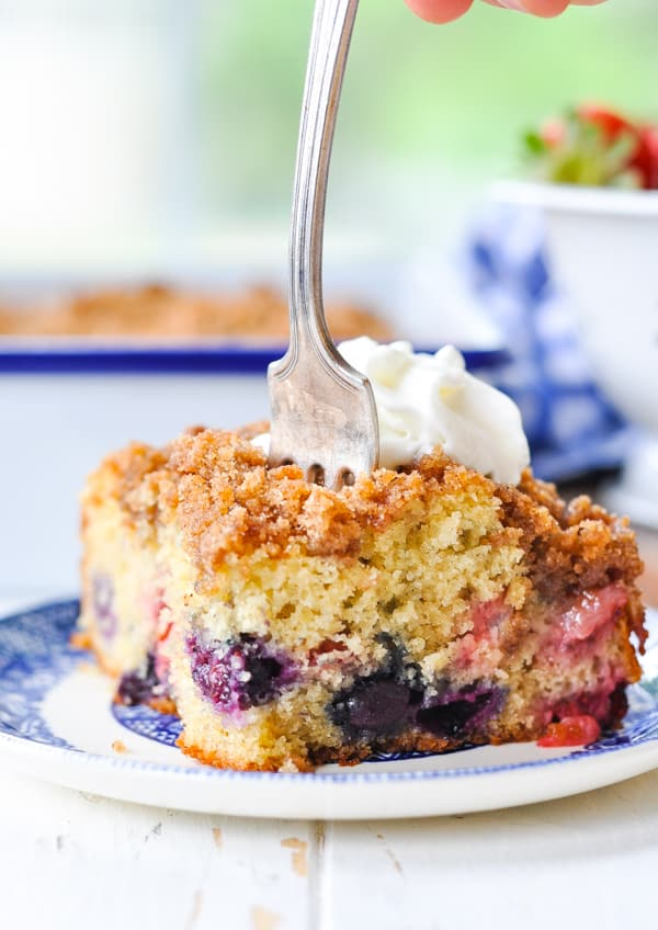 A blueberry buckle is an easy summer dessert recipe!