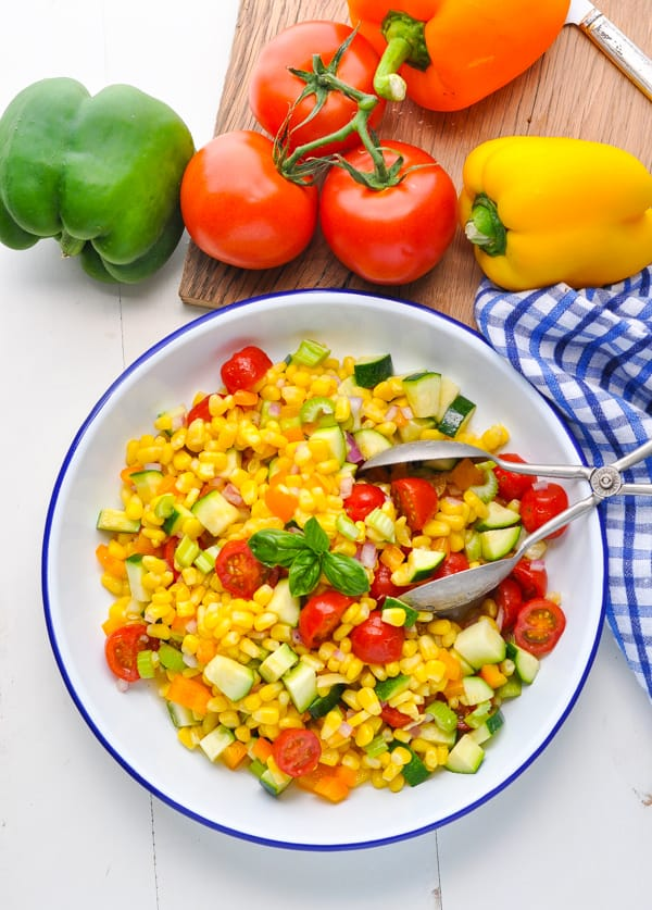 Bowl of fresh and healthy summer corn salad is an easy side dish recipe for summer!