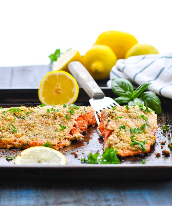 The best easy dinner recipe is this healthy baked salmon fillet with Parmesan Herb Crumb Topping!