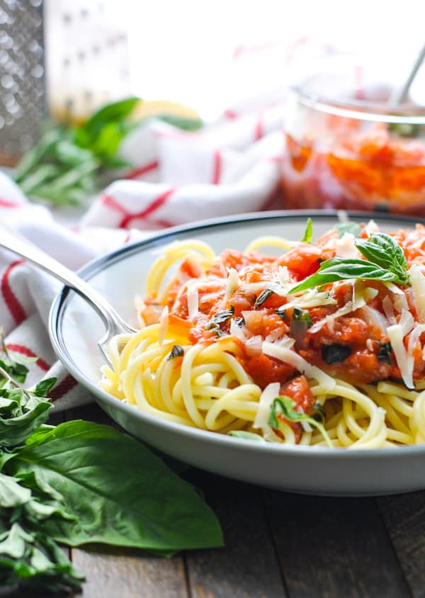 A bowl of Italian pasta and pomodoro sauce is an easy dinner recipe for summer!