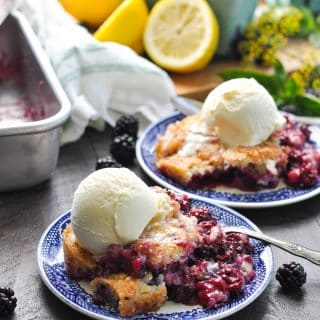 Best Blackberry Cobbler – Easy & Delicious