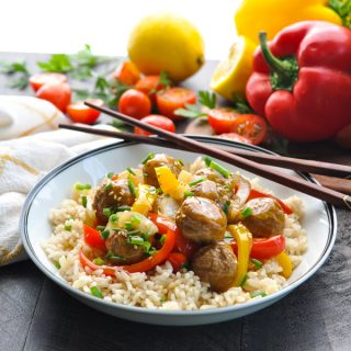 Slow Cooker Chinese Meatballs with Peppers and Onions