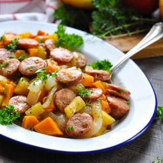 Dump-and-Bake Sausage, Apples & Sweet Potatoes