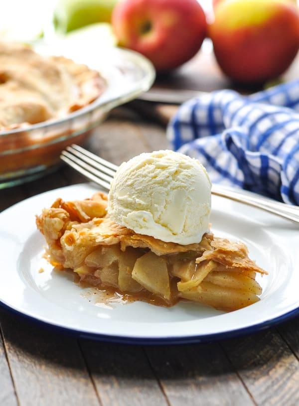 Easy apple pie recipe topped with vanilla ice cream