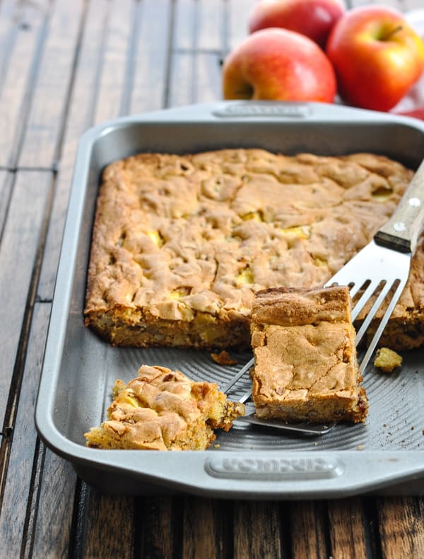 Baked apple cinnamon date bars in pan