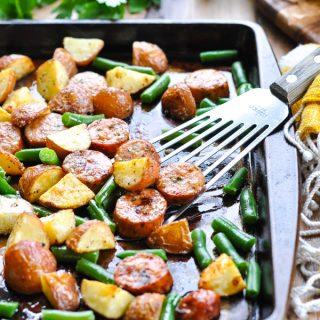 Sheet Pan Italian Sausage with Potatoes